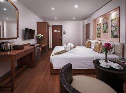 โรงแรมเคซี เพลส ประตูน้ำ (ให้เช่าห้องพักรายเดือน)